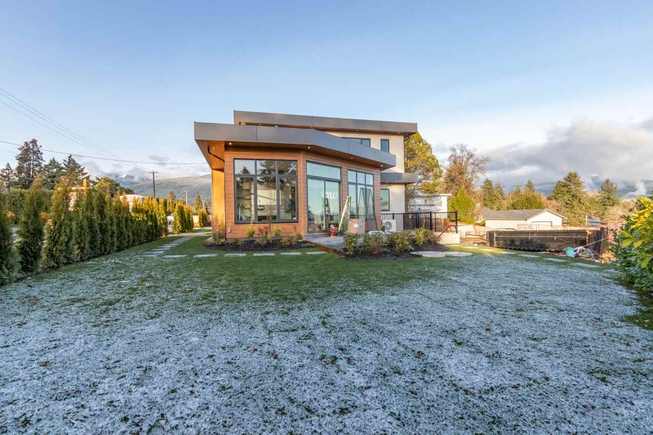 Photo 22: Photos: 900 HENDRY Avenue in North Vancouver: Boulevard House for sale : MLS®# R2526354