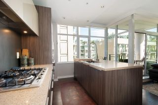 """Photo 19: 410 181 W 1ST Avenue in Vancouver: False Creek Condo for sale in """"The Brook"""" (Vancouver West)  : MLS®# R2614809"""