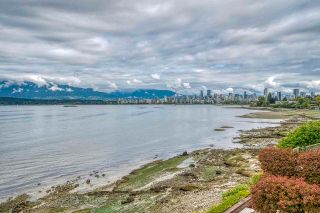 """Photo 2: 3281 POINT GREY Road in Vancouver: Kitsilano House for sale in """"ARTHUR ERIKSON"""" (Vancouver West)  : MLS®# R2580365"""