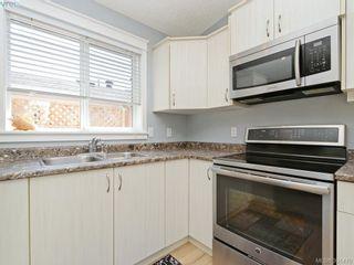 Photo 10: 19 7570 Tetayut Rd in SAANICHTON: CS Hawthorne Manufactured Home for sale (Central Saanich)  : MLS®# 786908