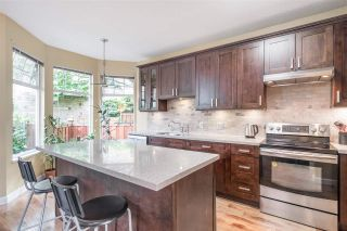 "Photo 9: 24 5950 OAKDALE Road in Burnaby: Oaklands Townhouse for sale in ""HEATHER CREST"" (Burnaby South)  : MLS®# R2474867"