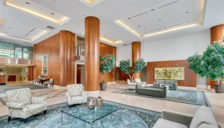 """Photo 2: 803 323 JERVIS Street in Vancouver: Coal Harbour Condo for sale in """"ESCALA"""" (Vancouver West)  : MLS®# R2591803"""