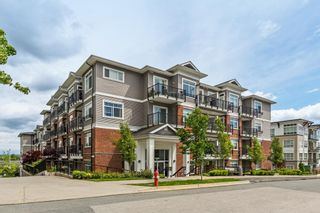 """Photo 1: 505 6480 195A Street in Surrey: Clayton Condo for sale in """"SALIX"""" (Cloverdale)  : MLS®# R2581896"""