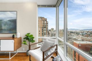 "Photo 3: 701 2483 SPRUCE Street in Vancouver: Fairview VW Condo for sale in ""SKYLINE ON BROADWAY"" (Vancouver West)  : MLS®# R2576030"