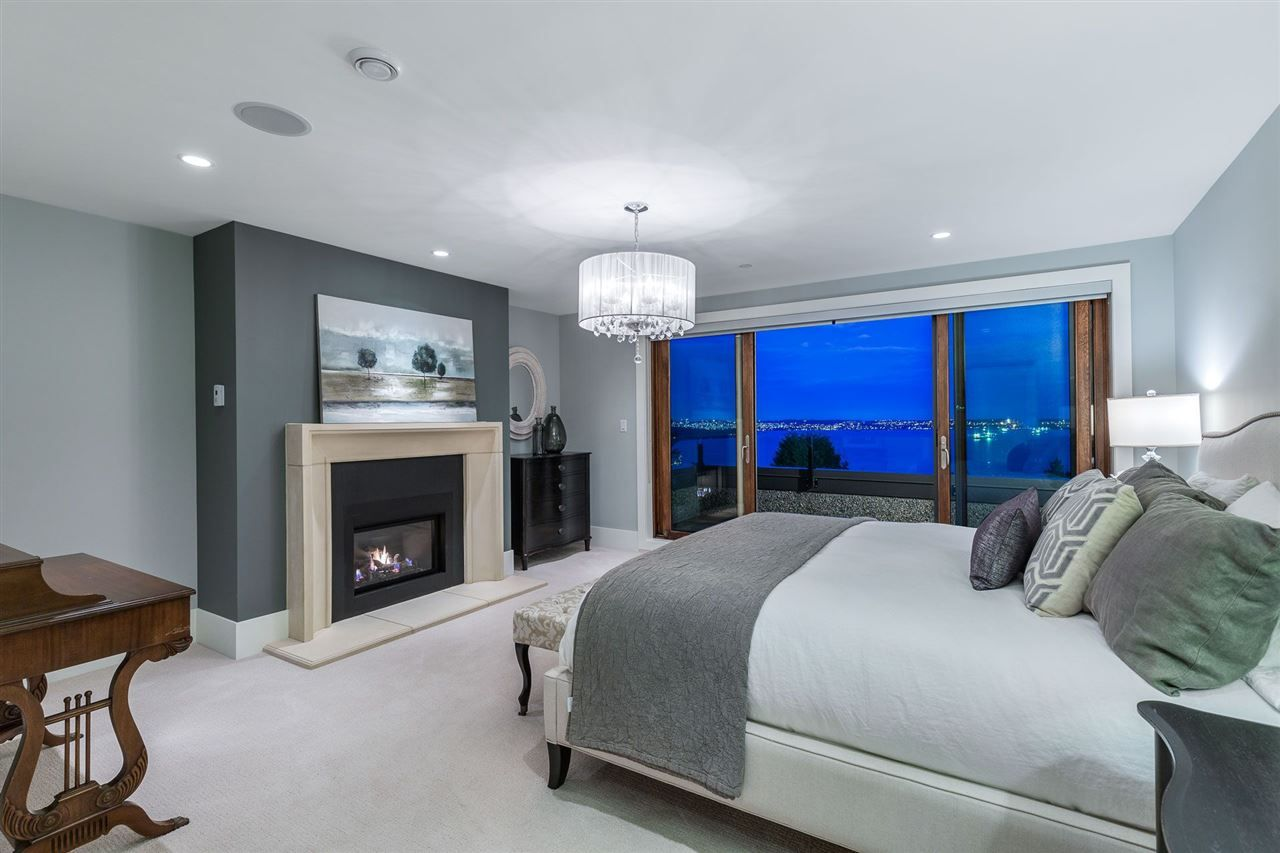 Photo 18: Photos: 2558 ROSEBERY AVENUE in West Vancouver: Queens House for sale : MLS®# R2472100