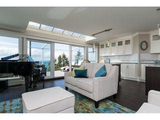 Photo 3: 15511 COLUMBIA Avenue: White Rock House for sale (South Surrey White Rock)  : MLS®# R2151727