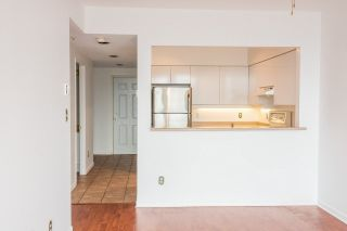 """Photo 7: 2002 3071 GLEN Drive in Coquitlam: North Coquitlam Condo for sale in """"PARC LAURANT"""" : MLS®# R2276990"""