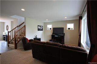Photo 3: 95 Bellflower Road in Winnipeg: Bridgwater Lakes Residential for sale (1R)  : MLS®# 1717830