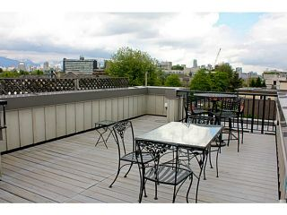 Photo 42: 1709 MAPLE Street in Vancouver: Kitsilano Townhouse for sale (Vancouver West)  : MLS®# V1066186