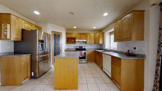 Photo 9: 3206 35A Avenue in Edmonton: Zone 30 House for sale : MLS®# E4259198