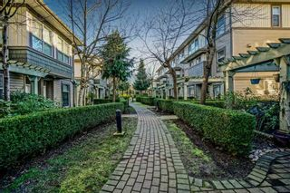 """Photo 1: 41 15353 100 Avenue in Surrey: Guildford Townhouse for sale in """"The Soul Of Guilford"""" (North Surrey)  : MLS®# R2531437"""