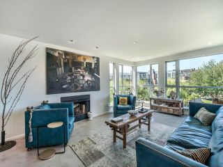 """Photo 5: 307 1502 ISLAND PARK Walk in Vancouver: False Creek Condo for sale in """"The Lagoons"""" (Vancouver West)  : MLS®# R2606940"""