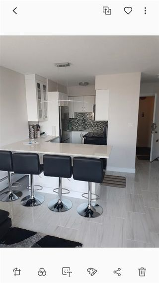 """Photo 5: 802 1251 CARDERO Street in Vancouver: West End VW Condo for sale in """"THE SURFCREST"""" (Vancouver West)  : MLS®# R2585530"""