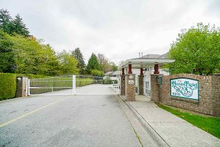 Photo 1: 106 9310 KING GEORGE Boulevard in Surrey: Bear Creek Green Timbers Townhouse for sale : MLS®# R2518153