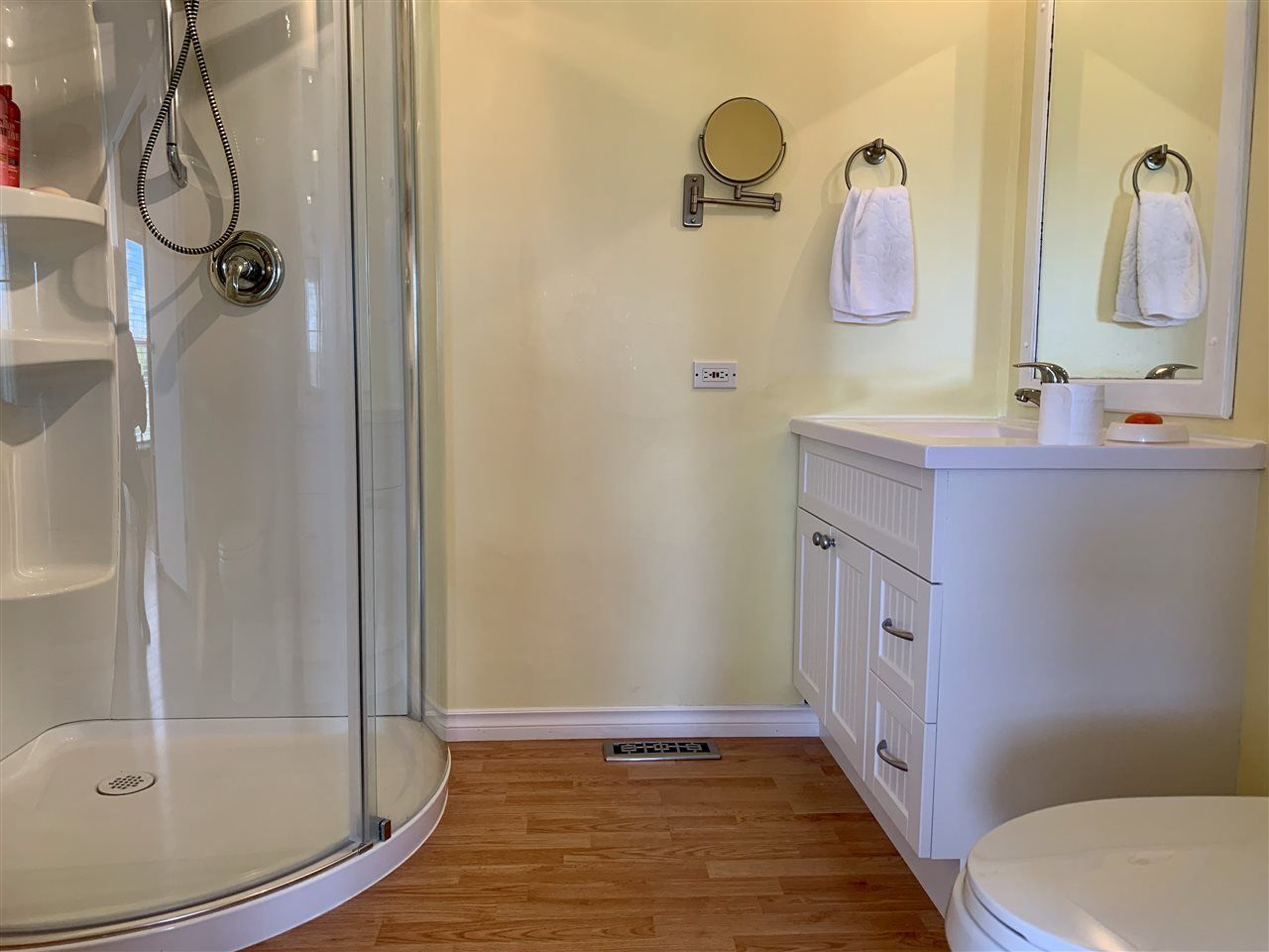 """Photo 11: Photos: 3935 COTTONWOOD Road in Fort Nelson: Fort Nelson -Town Manufactured Home for sale in """"EAST DUB"""" (Fort Nelson (Zone 64))  : MLS®# R2479630"""