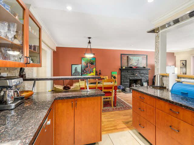 Photo 12: Photos: 267 CHESTER COURT in Coquitlam: Central Coquitlam House for sale : MLS®# 1141644
