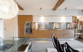 """Photo 8: 107 388 W 1ST Avenue in Vancouver: False Creek Condo for sale in """"THE EXCHANGE"""" (Vancouver West)  : MLS®# R2573277"""