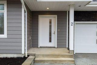 Photo 2: 2 1580 Glen Eagle Dr in Campbell River: CR Campbell River West Half Duplex for sale : MLS®# 886602