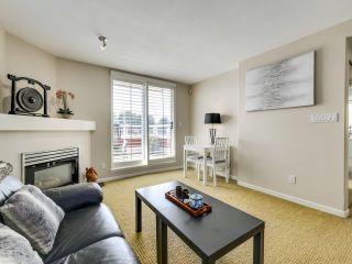 "Photo 3: 415 2255 W 4TH Avenue in Vancouver: Kitsilano Condo for sale in ""CAPERS BUILDING"" (Vancouver West)  : MLS®# R2606731"