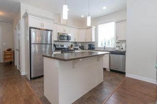 Photo 10: 102 2260 N Maple Ave in Sooke: Sk Broomhill House for sale : MLS®# 885016
