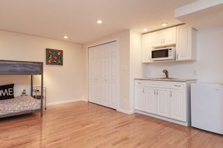 Photo 17: 7414 ECHO PLACE in Parklane: Champlain Heights Townhouse for sale ()  : MLS®# R2439756