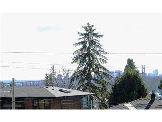 Photo 3: 1259 GORDON AV in West Vancouver: Ambleside House for sale : MLS®# V993487