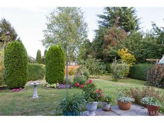 Photo 2: 2441 Costa Vista Pl in VICTORIA: CS Tanner House for sale (Central Saanich)  : MLS®# 739744