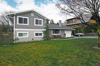 Photo 2: 2355 ARGYLE CRESCENT in Squamish: Garibaldi Highlands House for sale : MLS®# R2057611