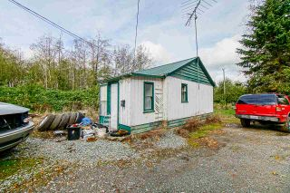 Photo 5: 26088 56 Avenue in Langley: Salmon River House for sale : MLS®# R2492918