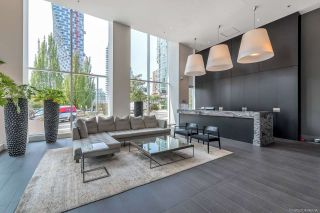 "Photo 15: 901 1351 CONTINENTAL Street in Vancouver: Downtown VW Condo for sale in ""MADDOX"" (Vancouver West)  : MLS®# R2297254"