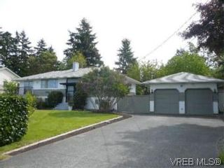 Photo 1: 6705 Central Saanich Rd in VICTORIA: CS Tanner House for sale (Central Saanich)  : MLS®# 504838