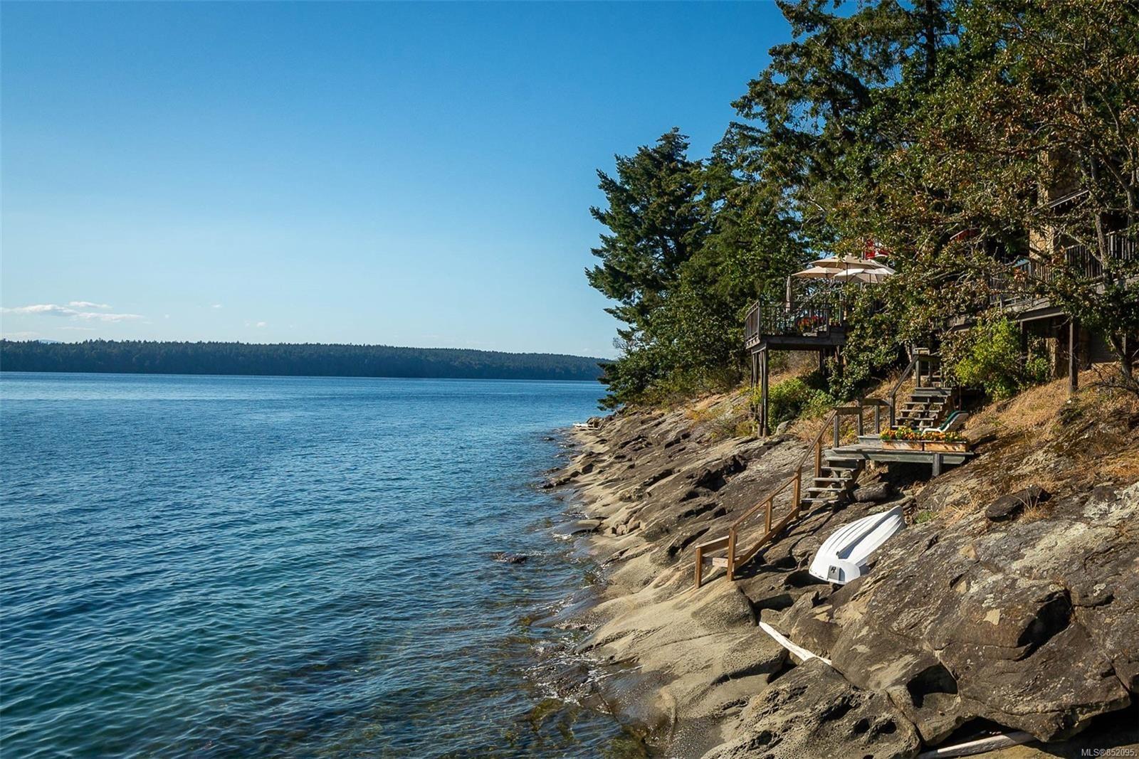 Photo 6: Photos: 236 McGill Rd in : GI Salt Spring House for sale (Gulf Islands)  : MLS®# 852095