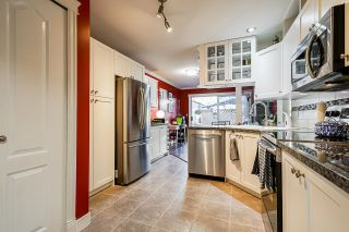 """Photo 9: 10 7250 122 Street in Surrey: East Newton Townhouse for sale in """"STRAWBERRY HILL"""" : MLS®# R2622818"""