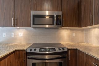 """Photo 10: A301 8929 202 Street in Langley: Walnut Grove Condo for sale in """"THE GROVE"""" : MLS®# R2505734"""