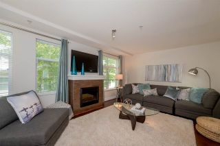 """Photo 2: 39 15833 26 Avenue in Surrey: Grandview Surrey Townhouse for sale in """"Brownstones"""" (South Surrey White Rock)  : MLS®# R2277501"""