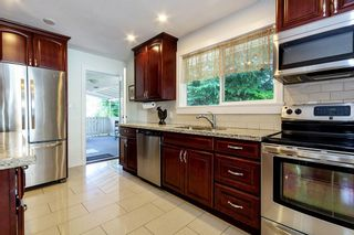 Photo 5: 1096 VINEY Road in North Vancouver: Lynn Valley House for sale : MLS®# R2409408