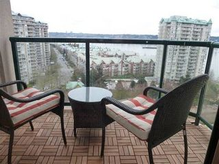 Photo 1: 1503 10 LAGUNA Court in New Westminster: Quay Home for sale ()  : MLS®# V994943