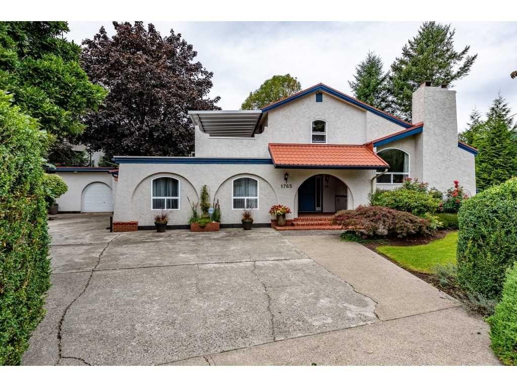 Main Photo: 1765 CEDAR Place: Agassiz House for sale : MLS®# R2493636