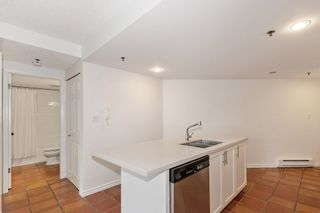 """Photo 8: 311 1988 MAPLE Street in Vancouver: Kitsilano Condo for sale in """"THE MAPLES"""" (Vancouver West)  : MLS®# R2497159"""
