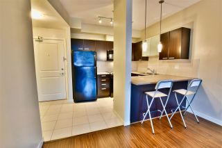"""Photo 6: 213 10455 UNIVERSITY Drive in Surrey: Whalley Condo for sale in """"D'Cor"""" (North Surrey)  : MLS®# R2443325"""