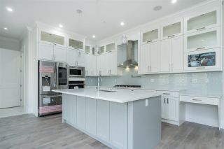 """Photo 3: 4429 EMILY CARR Place in Abbotsford: Abbotsford East House for sale in """"Auguston"""" : MLS®# R2447896"""