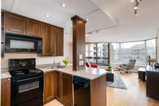 """Photo 10: 513 950 DRAKE Street in Vancouver: Downtown VW Condo for sale in """"ANCHOR POINT"""" (Vancouver West)  : MLS®# R2557103"""