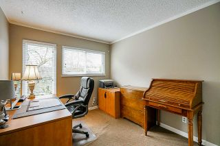 Photo 13: 4278 BIRCHWOOD Crescent in Burnaby: Greentree Village Townhouse for sale (Burnaby South)  : MLS®# R2355647