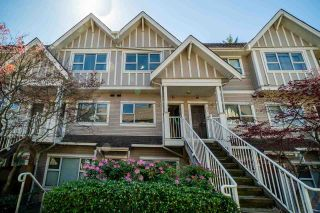 Photo 1: 22 730 FARROW Street in Coquitlam: Coquitlam West Townhouse for sale : MLS®# R2577621