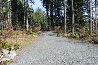 Photo 3: 5160 Cowichan Lake Rd in : Du West Duncan House for sale (Duncan)  : MLS®# 869501