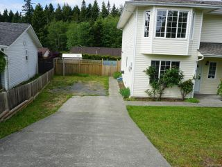 Photo 2: A 784 BEAVER LODGE ROAD in CAMPBELL RIVER: CR Campbell River Central Half Duplex for sale (Campbell River)  : MLS®# 760938