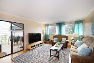 Photo 3: 922 DELESTRE Avenue in Coquitlam: Maillardville 1/2 Duplex for sale : MLS®# R2213681