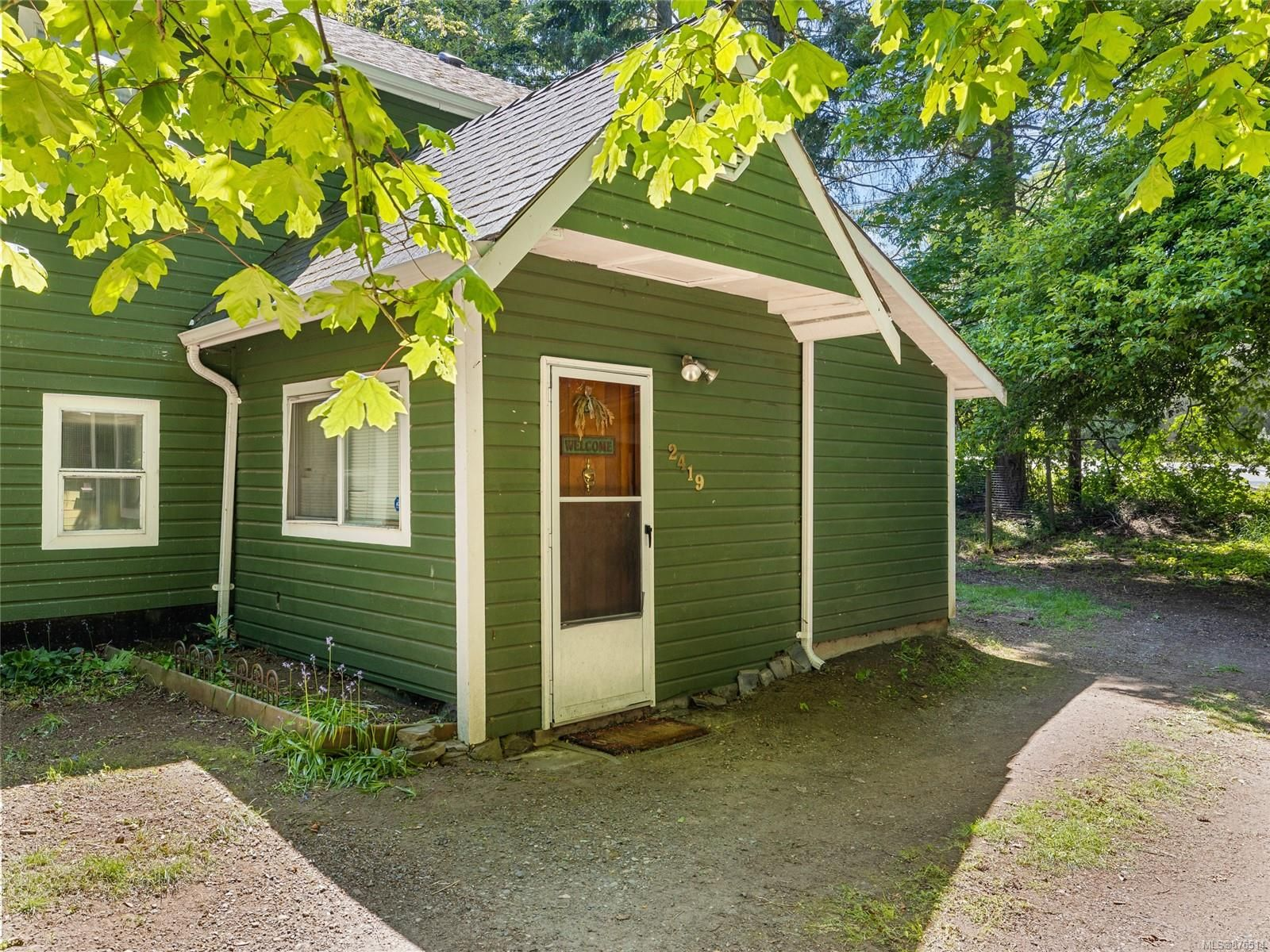 Main Photo: 2419 E Island Hwy in : PQ Nanoose House for sale (Parksville/Qualicum)  : MLS®# 876514