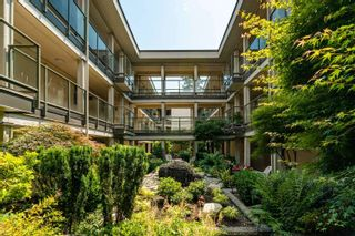 """Photo 37: 301 15255 18 Avenue in Surrey: King George Corridor Condo for sale in """"The Courtyard"""" (South Surrey White Rock)  : MLS®# R2599838"""
