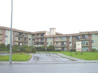 "Photo 2: 45598 MCINTOSH Drive in Chilliwack: Chilliwack  W Young-Well Condo for sale in ""MCINTOSH MANOR"" : MLS®# H2601450"